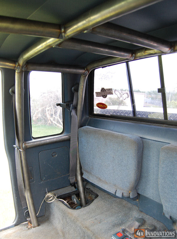 1989 1995 toyota extended cab pickup internal roll cage for Interior roll cage for toyota pickup